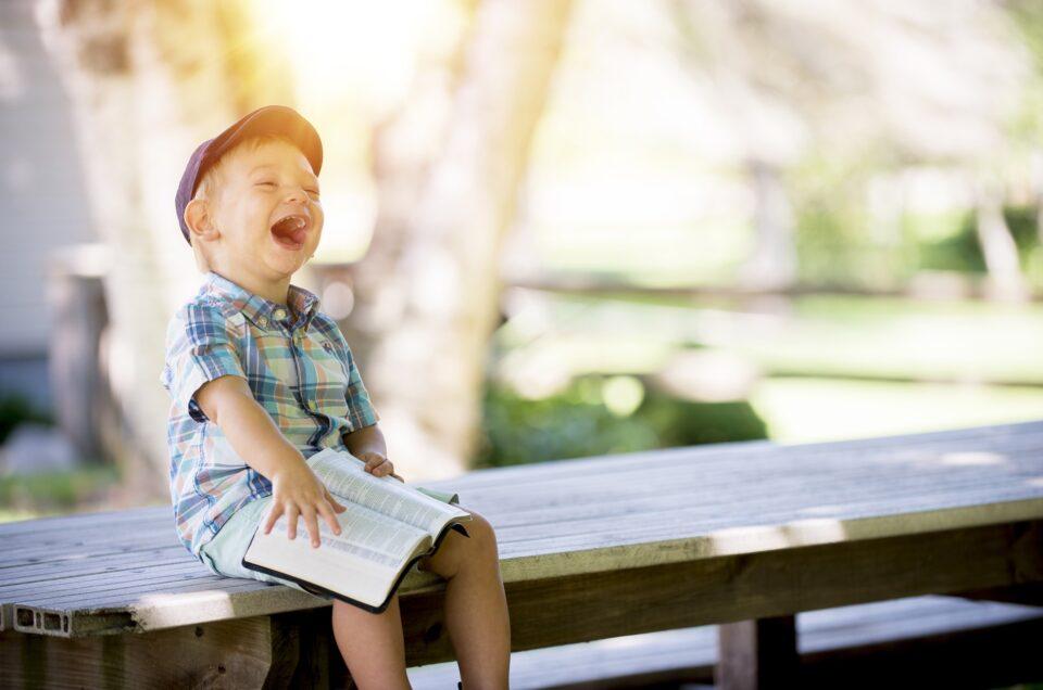 5 Ways To Teach Your Kids Empathy, According To A Neuroscientist