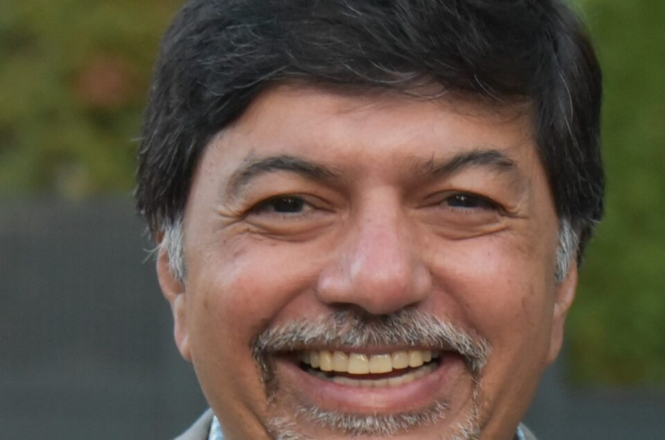 Dr. Raj Sisodia
